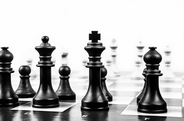 Strategia konserwatywna (maxi-mini)